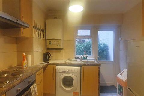 3 bedroom flat to rent - Bayham Street, Camden
