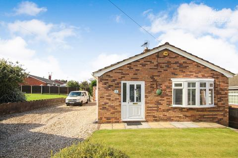 3 bedroom detached bungalow for sale - St Mellors Road, Buckley, CH7