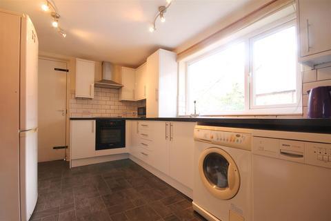 3 bedroom flat to rent - Newlands Road, Jesmond