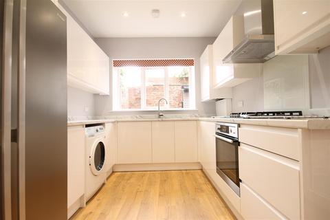 4 bedroom terraced house to rent - Manor House Road, Jesmond