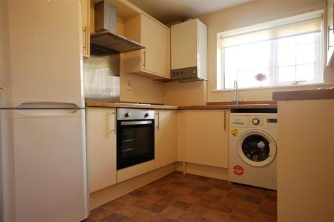 3 bedroom terraced house to rent - Milton Close, Shieldfield