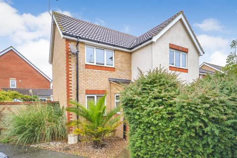 3 bedroom detached house for sale - Lavender Drive, Southminster