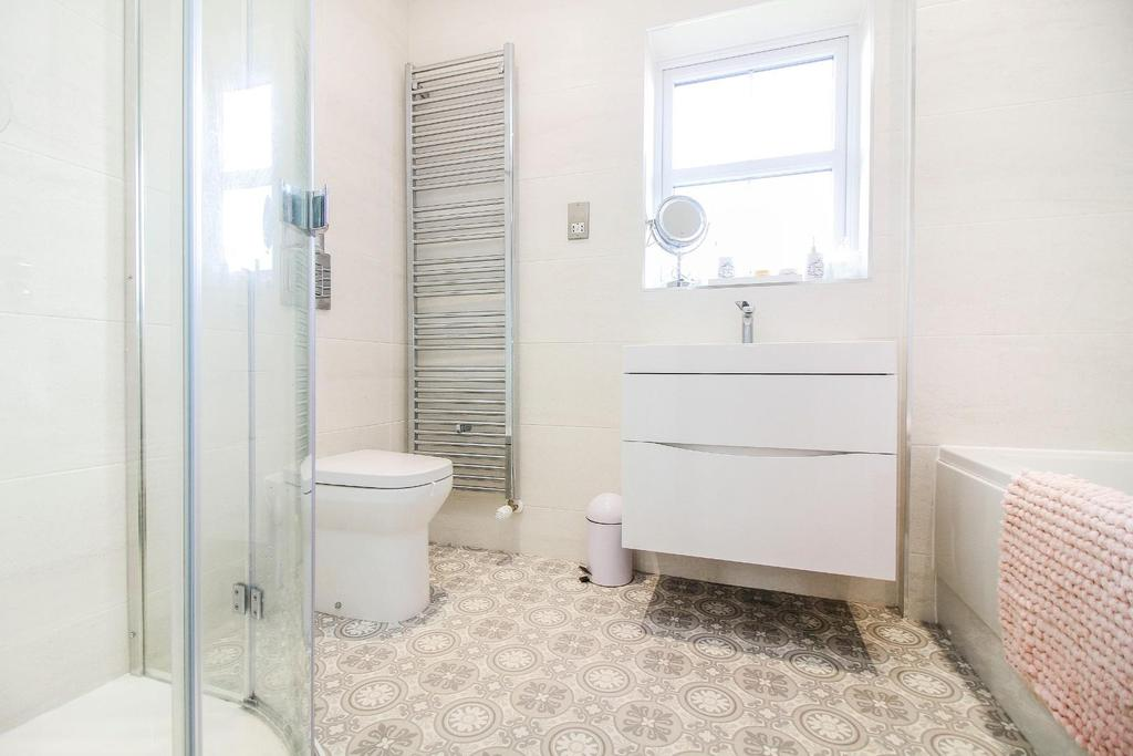 ,bathroom new.jpg