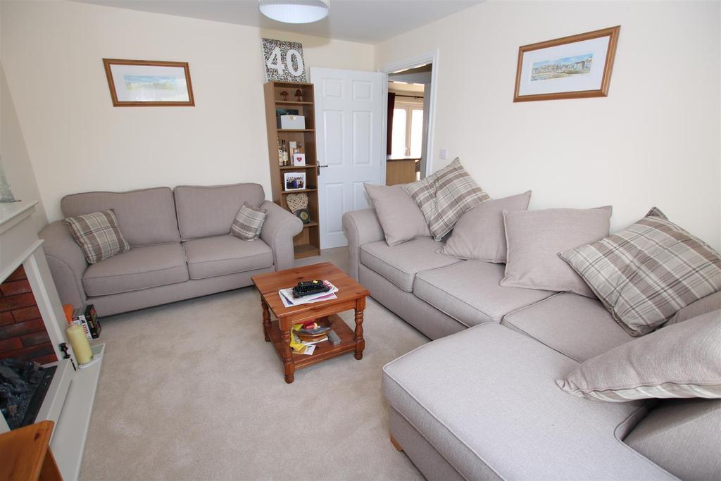 Living Room2.JPG
