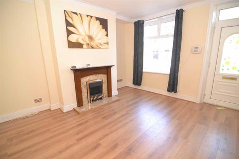 2 bedroom terraced house to rent - Mount Avenue, Eccleshill, Bradford