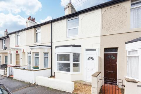 2 bedroom terraced house for sale - Glenfield Road, DOVER