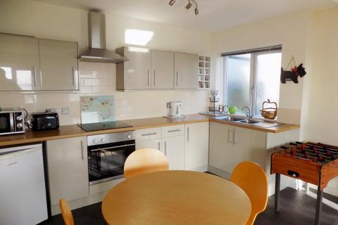 2 bedroom apartment to rent - Wheatridge Lane, Torquay TQ2