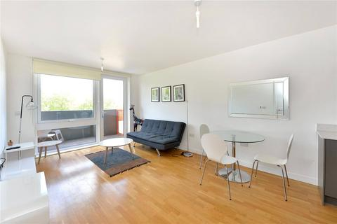 2 bedroom flat to rent - Sculpture House, 4 Killick Way, Stepney Green, London, E1