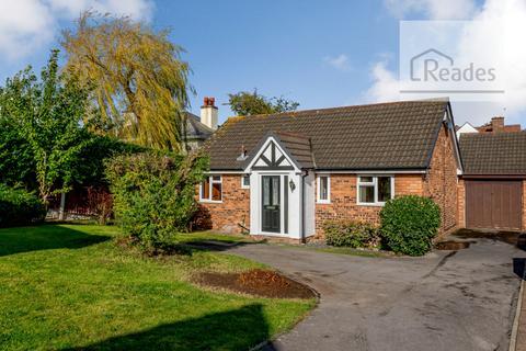 2 bedroom detached bungalow for sale - Mill Croft, Oakenholt CH6 5