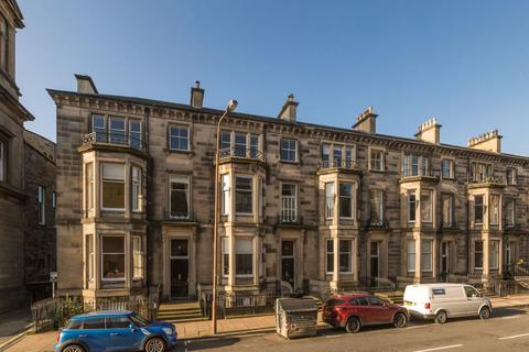 2 bedroom flat for sale - 18/2 Palmerston Place, West End, EH12 5AL