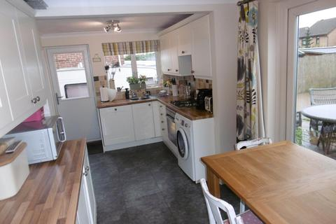 3 bedroom semi-detached house to rent - Whitburn Road, Toton, NG9 6HP