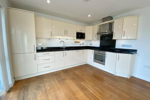 2 bedroom apartment to rent - Lyncourt, Middle Lincombe Road, Torquay TQ1