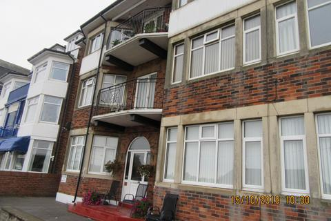 2 bedroom flat to rent - North Parade, Skegness, PE25 2UB