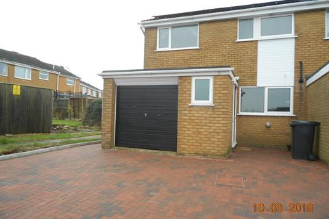3 bedroom semi-detached house to rent - Welland Way, Oakham LE15