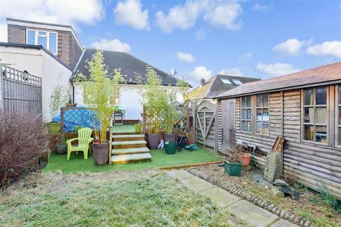 2 bedroom semi-detached bungalow for sale - Wordsworth Close, Pound Hill, Crawley, West Sussex