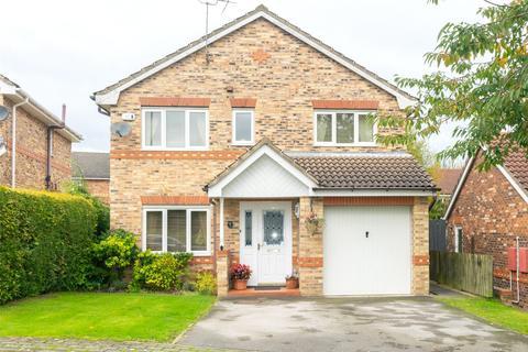4 bedroom detached house for sale - Fuchsia Croft, Woodlesford, Leeds, West Yorkshire, LS26