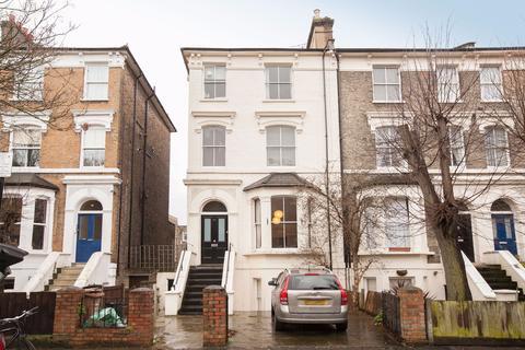 1 bedroom flat to rent -  Queens Drive,  Finsbury Park, N4
