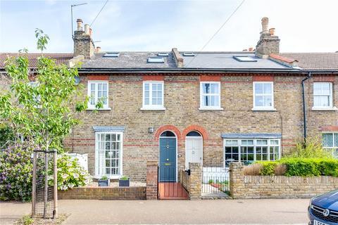 3 bedroom terraced house for sale - Alexandra Road, Kew, Surrey