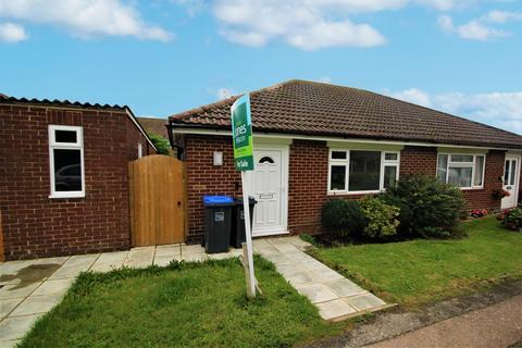 2 bedroom bungalow to rent - Pemberton Close, BN15