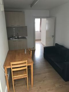 1 bedroom flat to rent - Green Street, London, E13