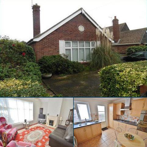 2 bedroom bungalow to rent - Third Avenue, Clacton-On-Sea, Essex, CO15 5AP