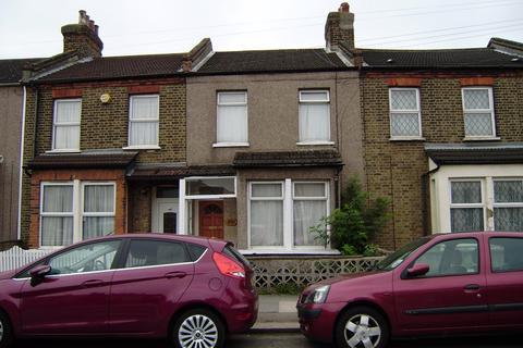 3 bedroom terraced house to rent - Carterhatch Road, En3