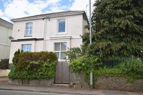 2 bedroom flat to rent - St Stephens Road, Saltash