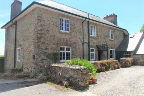 4 bedroom detached house to rent - Holbeton