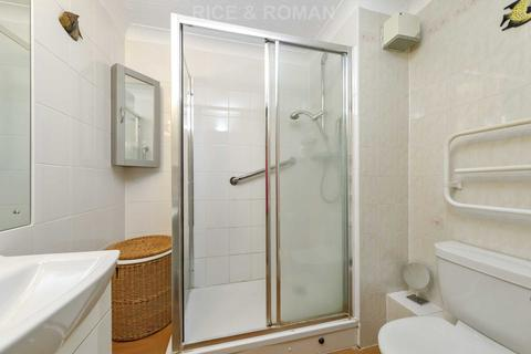 1 bedroom retirement property for sale - Royston Court, Hinchley Wood, KT10