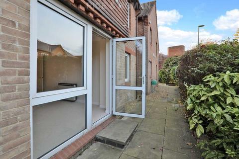1 bedroom retirement property for sale - Springfield Meadow, Weybridge