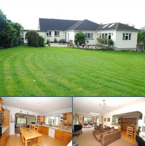 4 bedroom detached bungalow for sale - Parklands, South Molton