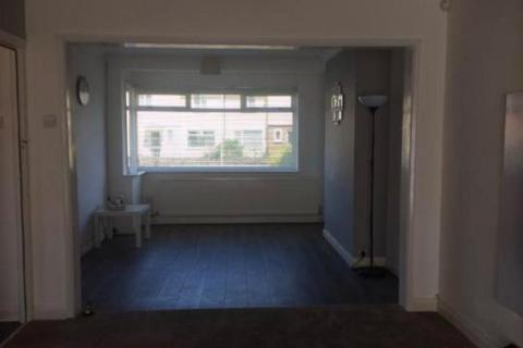 3 bedroom terraced house to rent - Loftin Way, Chelmsford, CM2