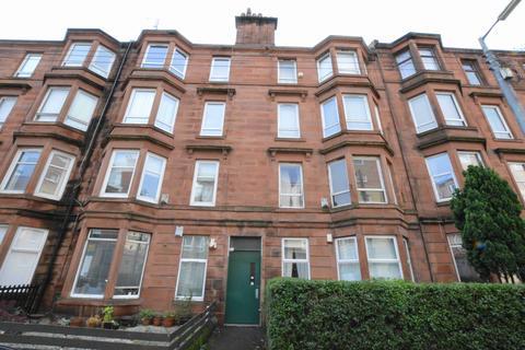 2 bedroom ground floor flat to rent - Roslea Drive, Dennistoun, Glasgow, G31