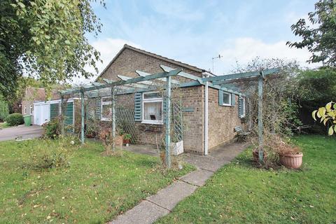 3 bedroom detached bungalow for sale - Church View, Oakington