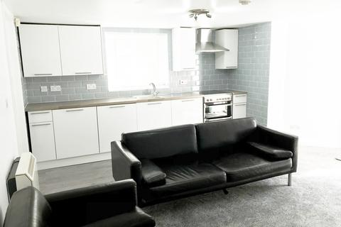 2 bedroom apartment to rent - 4, 25 Albany Road