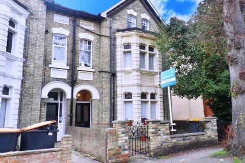 1 bedroom ground floor flat to rent - Ground Floor Flat, Chaucer Road