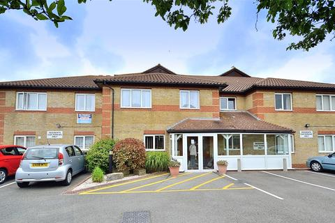 2 bedroom retirement property for sale - Amberley Court, Freshbrook Road, Lancing, West Sussex, BN15