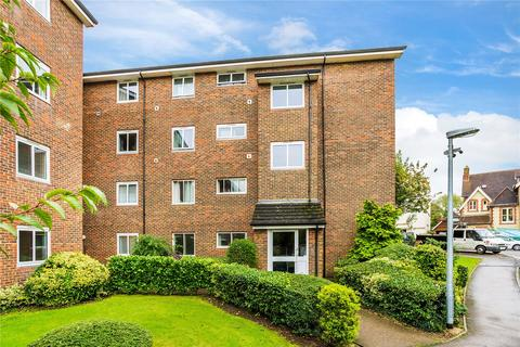 2 bedroom apartment for sale - Littleton House, Somers Close, Reigate, Surrey, RH2