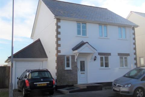 3 bedroom detached house to rent - St Michaels Way, Roche, St. Austell