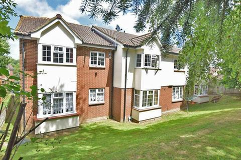 1 bedroom apartment to rent - Chiltern Close, Maidstone