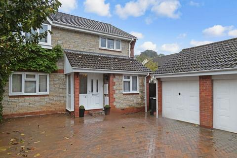 5 bedroom detached house for sale - Stones Close Kingsteignton