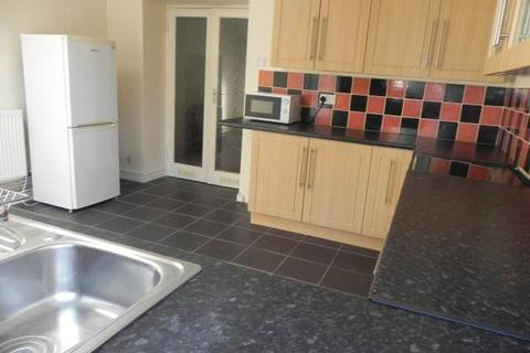 2 bedroom house to rent - Miers Street, St Thomas, Swansea