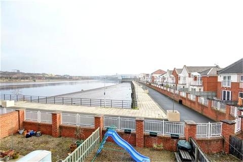 3 bedroom semi-detached house to rent - Grebe Close, Gateshead, NE11