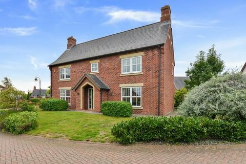 5 bedroom detached house for sale - Kingsdown Close, Wychwood Park, Weston