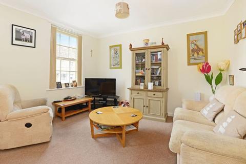1 bedroom apartment for sale - Queen Mother Square, Poundbury, DT1