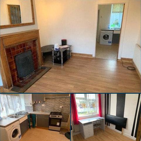 3 bedroom detached house to rent - Sunningdale Avenue, Feltham, TW13