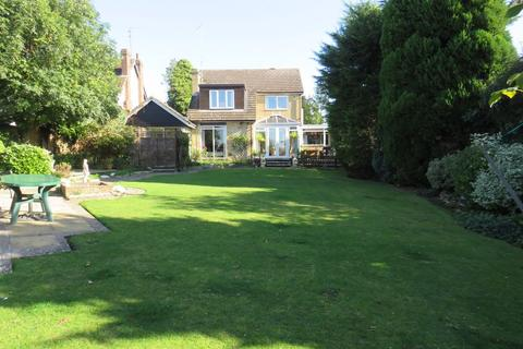 3 bedroom detached house to rent - Kettering Road, Northampton