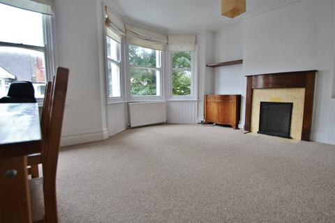 2 bedroom flat to rent - Glendale Road, Hove, BN3