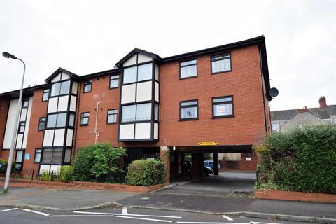 2 bedroom flat for sale - David Davies House, Wyndham Street, Barry
