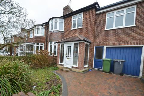 5 bedroom semi-detached house to rent - Hunters Way, Dringhouses, York